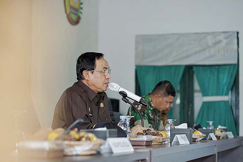 Bupati Pimpin Rapat Penyelesaian Konflik Lahan