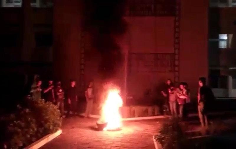 Protes Rektor, Mahasiswa Unilak Menginap di Kampus