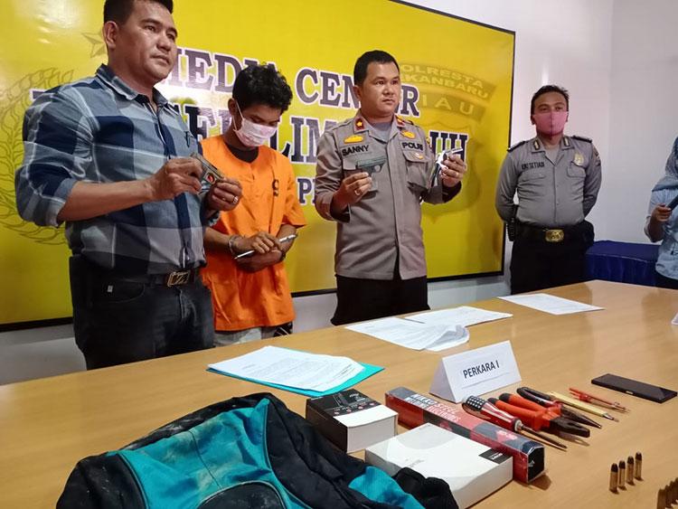 Terdampak Corona, Pria Ini Terima Senjata Rakitan, Ya Ditangkap Polisi