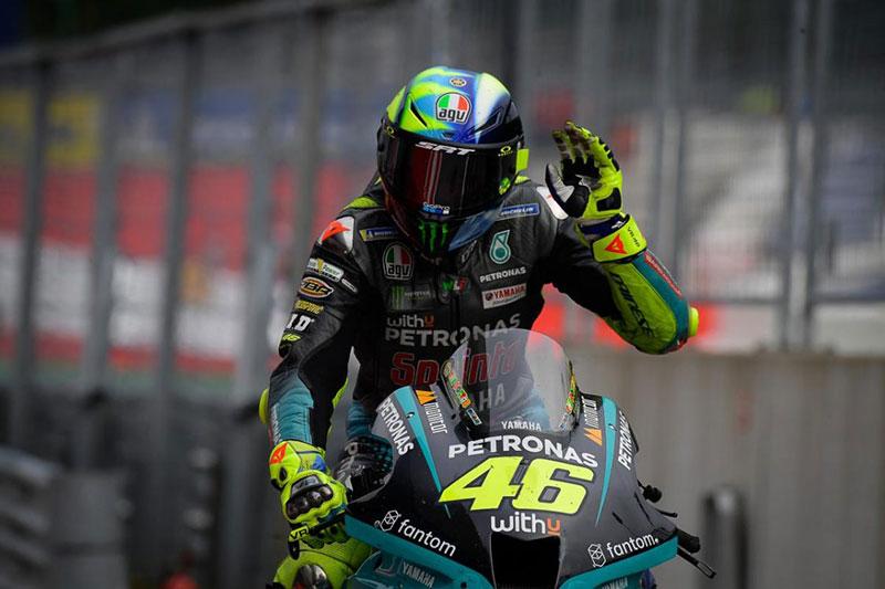 Rossi Berharap Vinales Membalap Lagi