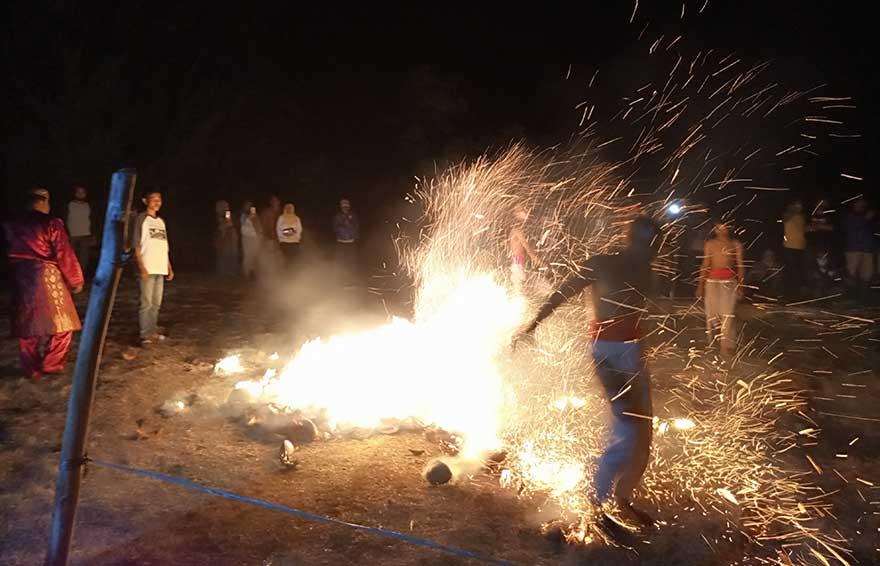 Zapin Api, Legenda yang 40 Tahun Padam