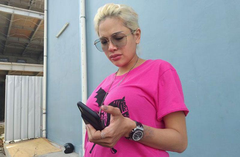 Nikita Mirzani Pilih Tidak Masak Opor Ayam