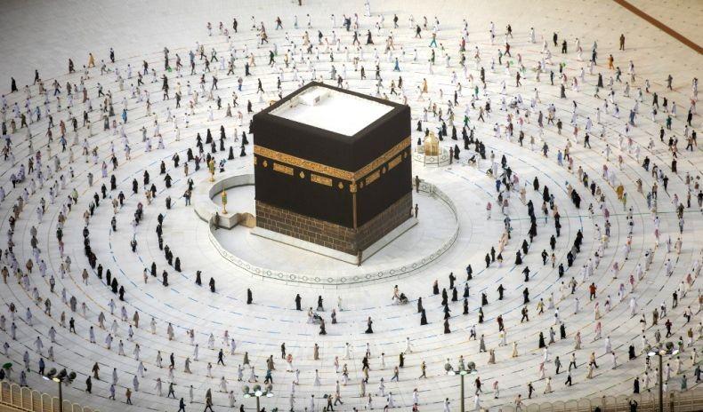 Arab Saudi Segera Buka Umrah Secara Bertahap