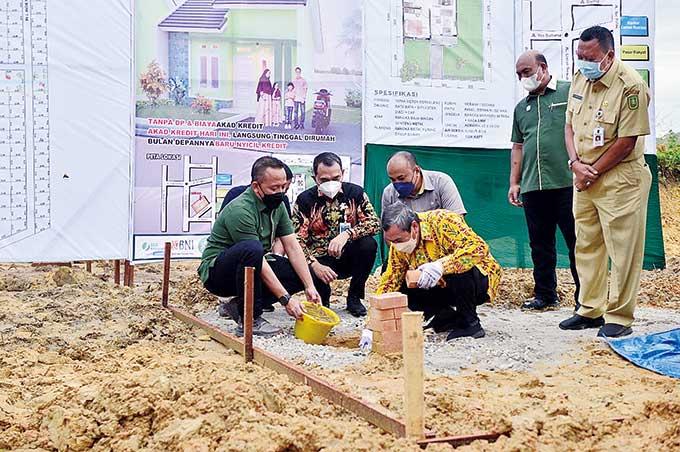 Pemprov-Gapki Riau Mulai Pembangunan 1.000 Rumah