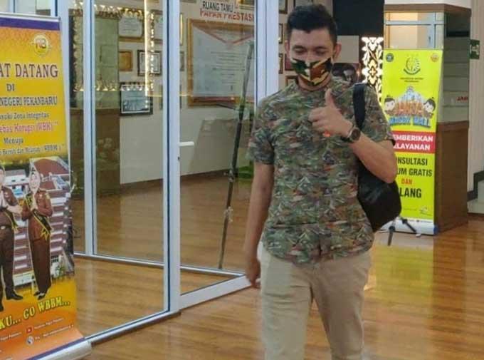 Mantan Camat Tenayan Raya Divonis 5 Tahun Penjara