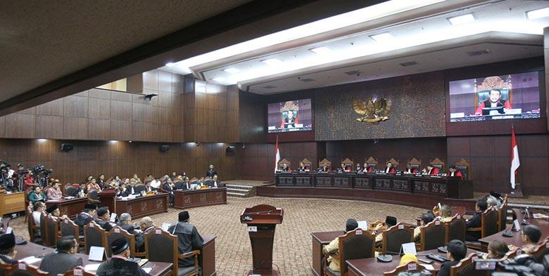 MK Jaga Independensi Panel Hakim