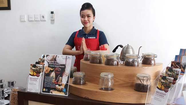 Nikmati Keunikan Wine Kopi Hotel Dafam Pekanbaru