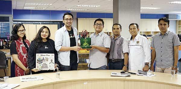 Kenalkan Program Unggulan, Gojek Kunjungi Riau Pos