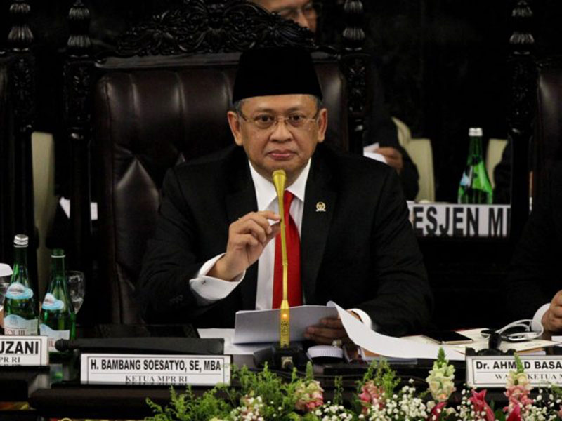 Ketua MPR Ingatkan Jokowi Tak Salah Pilih Menteri