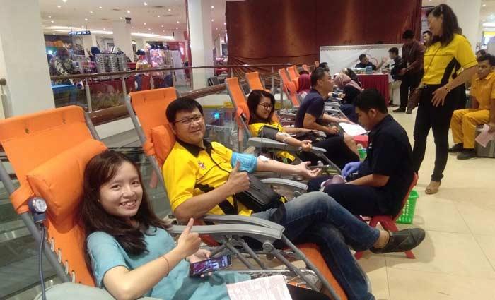 IKPTB Bersama Transmart Gelar Donor Darah
