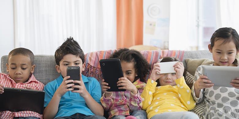 Bijak Penggunaan Gadget pada Anak