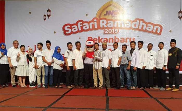 JNE Gelar Safari Ramadan Bersama Karyawan dan Anak Yatim