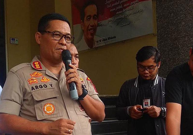 Polisi Selidiki Kasus Ade Armando yang Edit Foto Anies Jadi Joker