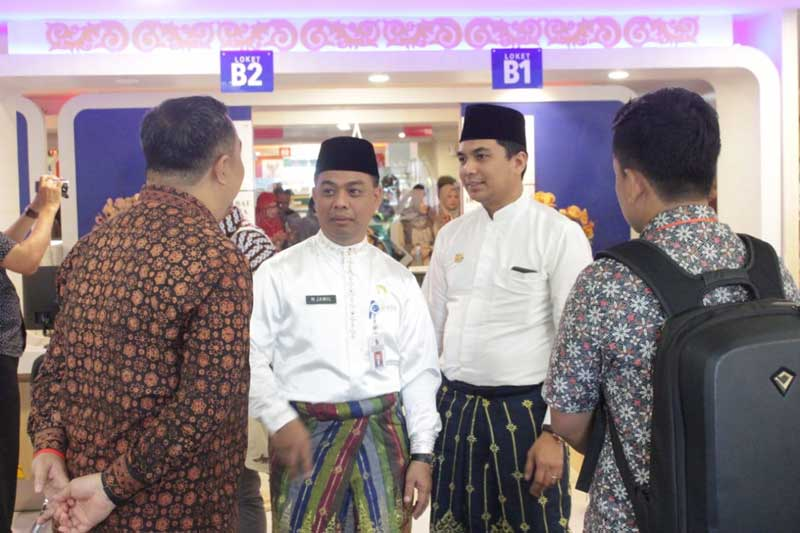Kepala Bapenda Se-Indonesia Tinjau Pelayanan Pajak di MPP Pekanbaru