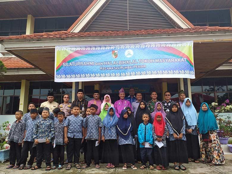 Camat Rumbai Pesisir Gelar Halalbihalal dan Silaturahmi