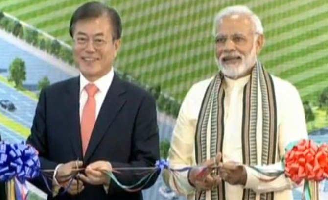 Samsung Bangun Pabrik Terbesar di Dunia