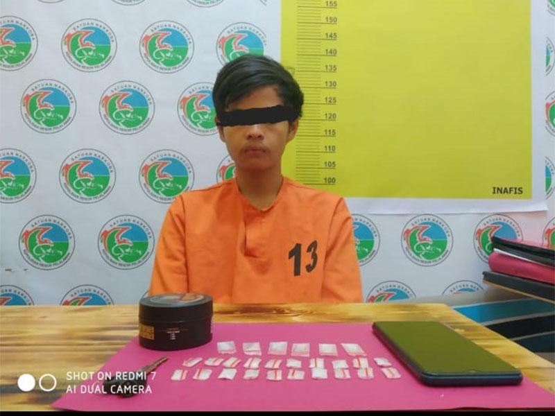 Remaja Putus Sekolah Edarkan 26 Paket Sabu