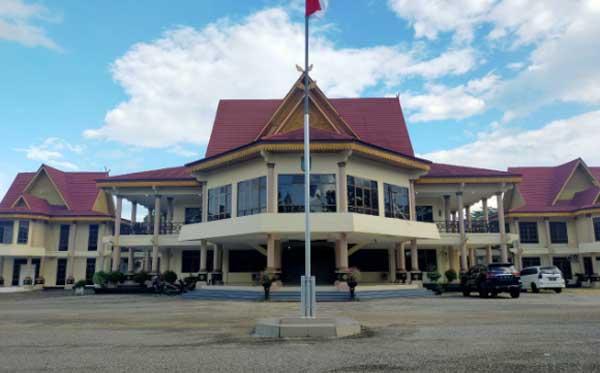 Pasca-Pengunduran Diri Ketua DPRD Inhu, BK Surati Biro Hukum Pemprov Riau