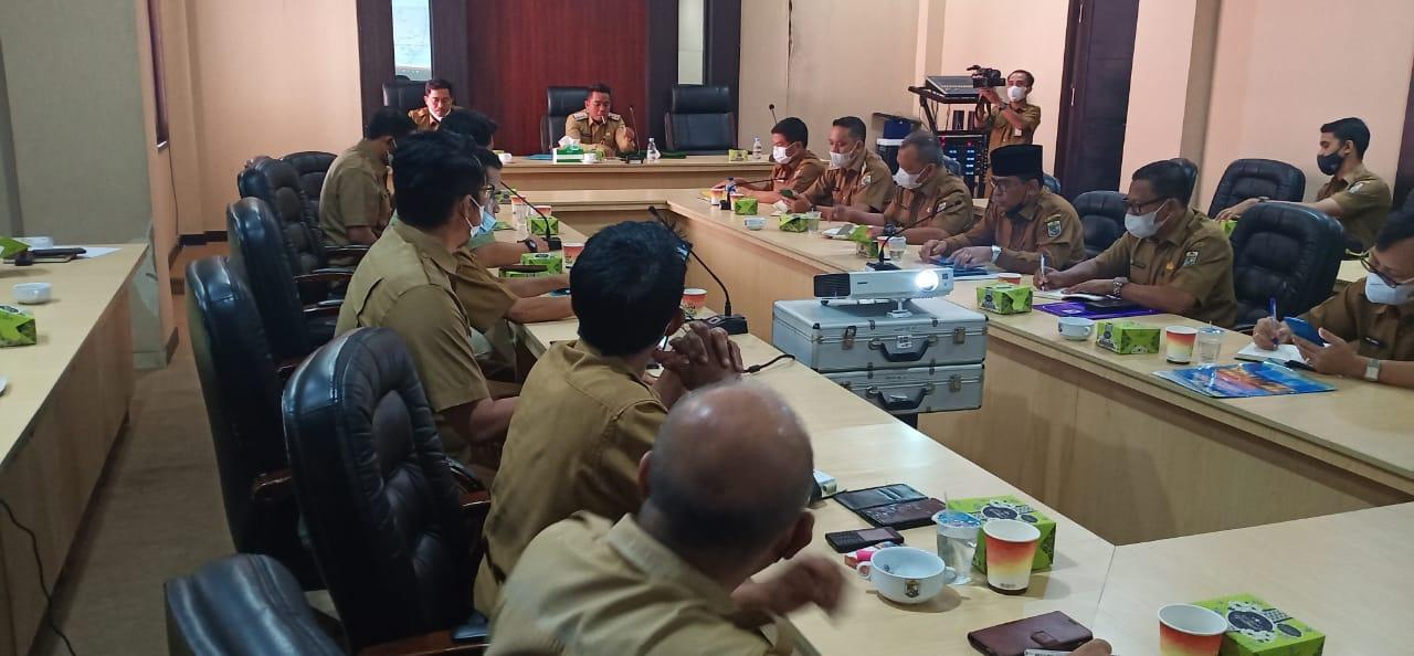 Bupati Zukri Minta 7 Perusahaan Bertanggungjawab Atas Kerusakan Jalan Poros Ukui-Kerumutan