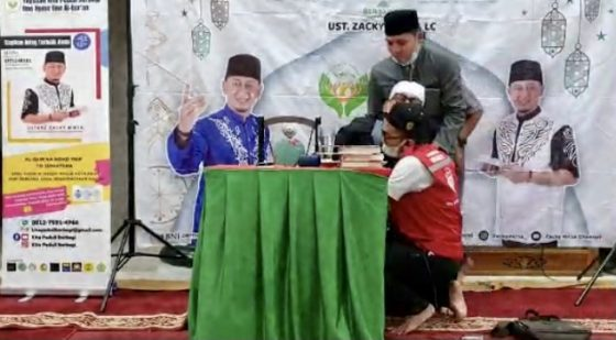 Ustaz Zacky Mirza Jatuh Pingsan saat Ceramah di Pekanbaru