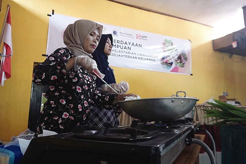 APP Sinar Mas dan MTG Perkuat Peran Perempuan di Pelalawan