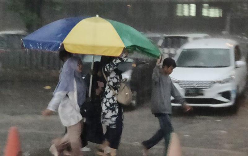 12-18 Januari Wilayah Jabodetabek Berpotensi Hujan Labat