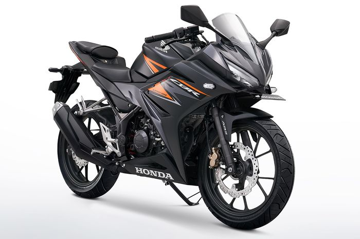 New Honda CBR150R Pakai Baju Baru