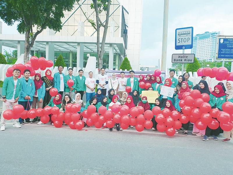 Mahasiswa STIKes Hang Tuah Pekanbaru Ajak Stop HIV/AIDS