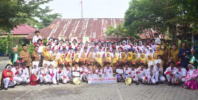 SDN 176 Pekanbaru Juara Lomba Drum Band Se-Sumatera