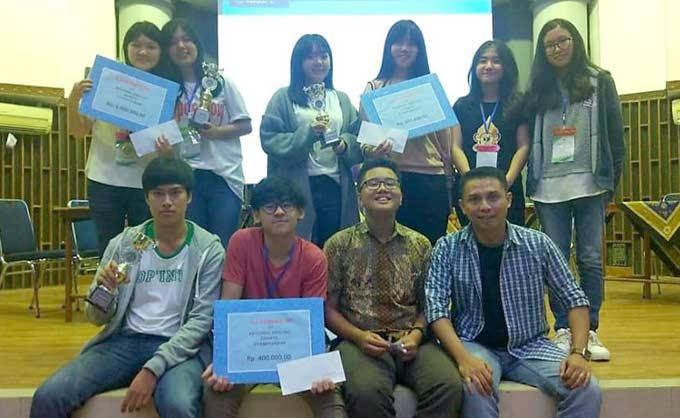 SMA Darma Yudha Juarai Debat Bahasa Inggris REACH 2018