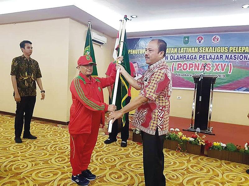 TC Popnas Berakhir, Kontingen Riau Dikukuhkan