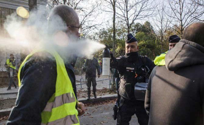 Protes Pajak BBM Prancis Ditunggangi Kelompok Radikal