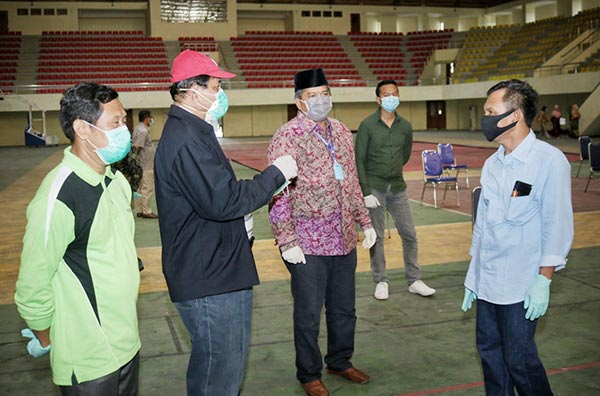 Bupati Pantau Rapid Test ODP di Gedung Olahraga Tualang