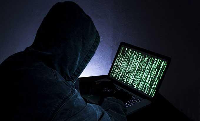 Hacker Kotz Remaja Usia 19 Tahun