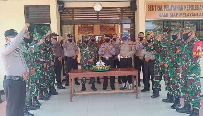 Anggota TNI Datangi Polsek Bangko Ucapkan Selamat HUT Bhayangkara