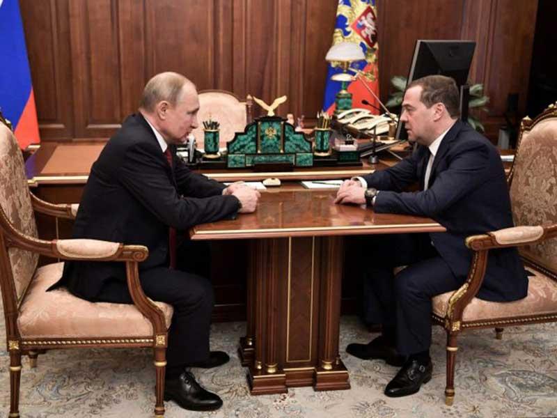 Putin Lakukan Reformasi Pemerintahan, Semua Menteri Mengundurkan Diri