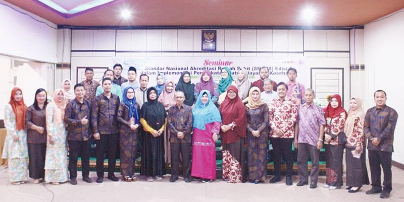 220 Peserta Ramaikan Seminar Kesehatan Prodi Kesmas STIKes Hang Tuah