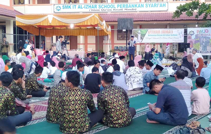 Al Izhar School Gelar Salat Iduladha dan Kurban