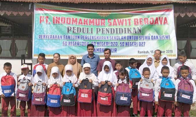 PT ISB Peduli Pendidikan, Salurkan Bantuan Tiga Sekolah