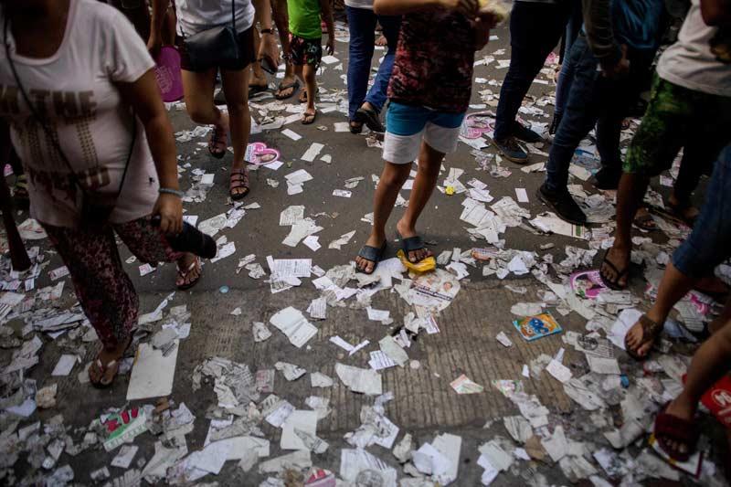 Gunungan Sampah Politik