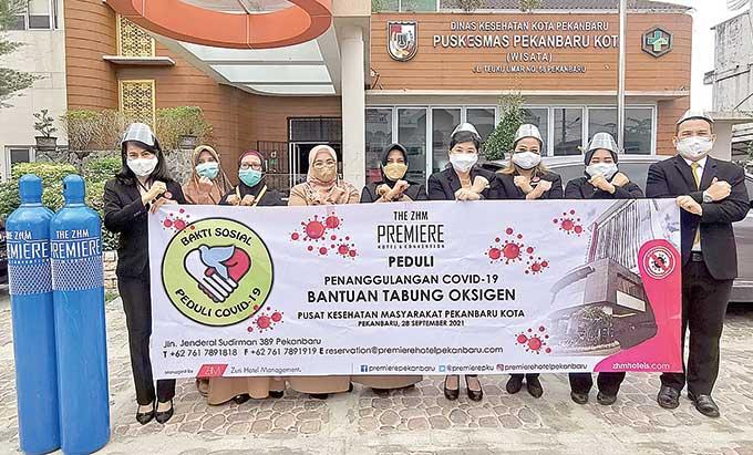 The Premiere Hotel Gelar Donor Darah dan Sumbang Tabung Oksigen