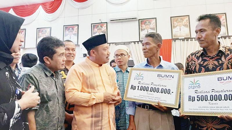 PTPN V Salurkan Bantuan PKBL Rp10 Miliar