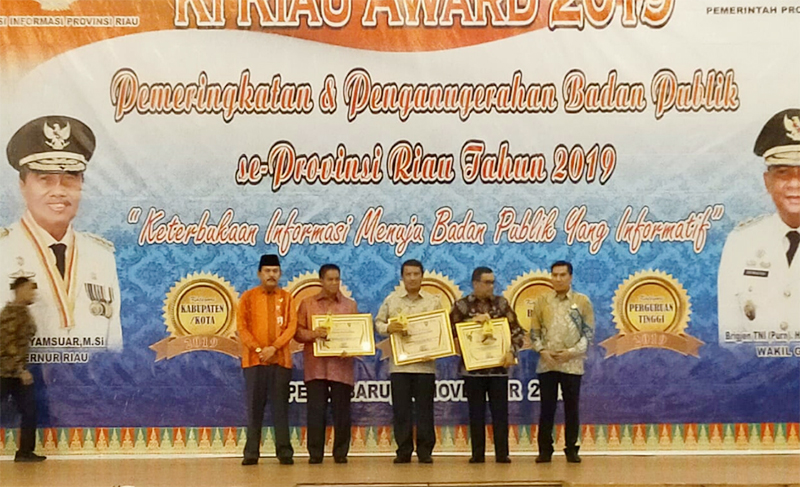 Keterbukaan Informasi Indragiri Hulu Diapresiasi 5 Kali KI Award