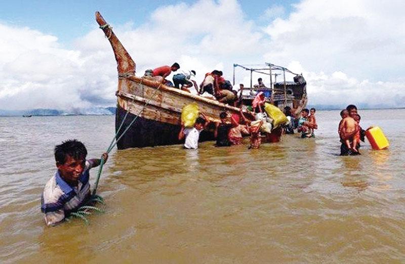 Indonesia Hibahkan Rp7,5 M untuk Repatriasi Rohingya