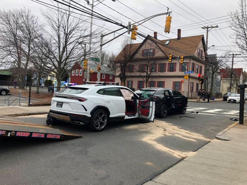 Dua Bocah Pencuri Lamborghini Ditangkap Setelah Tabrakan Beruntun