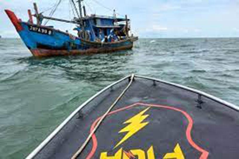 Kapal Malaysia Ditangkap Curi Ikan di Perairan Karimun