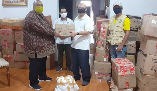 PMRJ Salurkan Bantuan Tahap Dua untuk Mahasiswa dan Warga Riau
