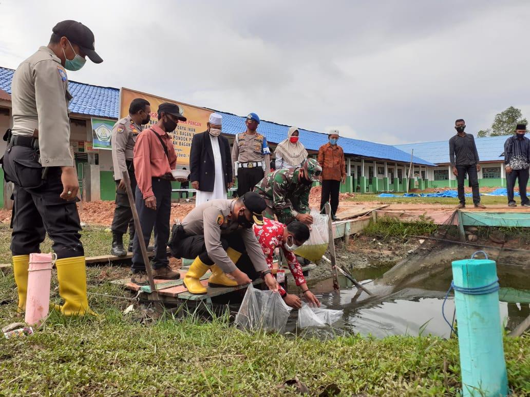 Melihat Gerakan Jaga Kampung Polsek Bangko di Ponpes Raudhatul Jannah