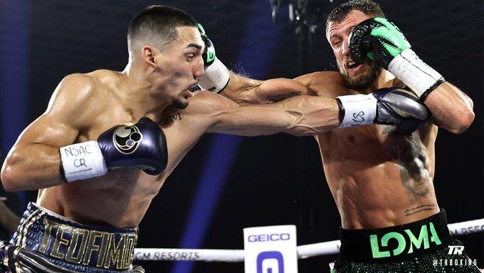 Ini Alasan Sabuk Juara Dunia WBA dan WBO Lomachenko Melayang