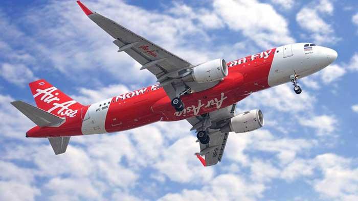 Saham Maskapai Air Asia Langsung Jatuh karena Dukung Najib Razak